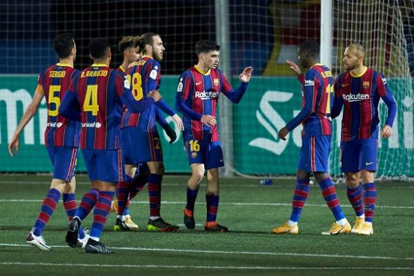 martin-braithwaite-of-fc-barcelona-celebrates-after-scoring-his-teams-goal.jpg