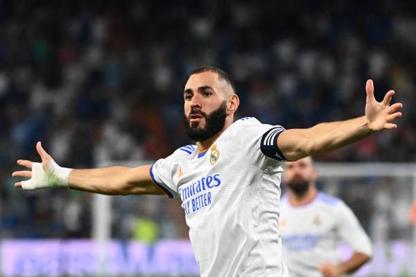 real-madrids-french-forward-karim-benzema-celebrates-scoring-his-goal.jpg